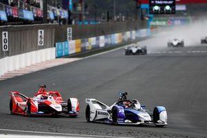 Maximilian Gunther, BMW i Andretti Motorsport, BMW iFE.21, Alex Lynn, Mahindra Racing, M7Electro