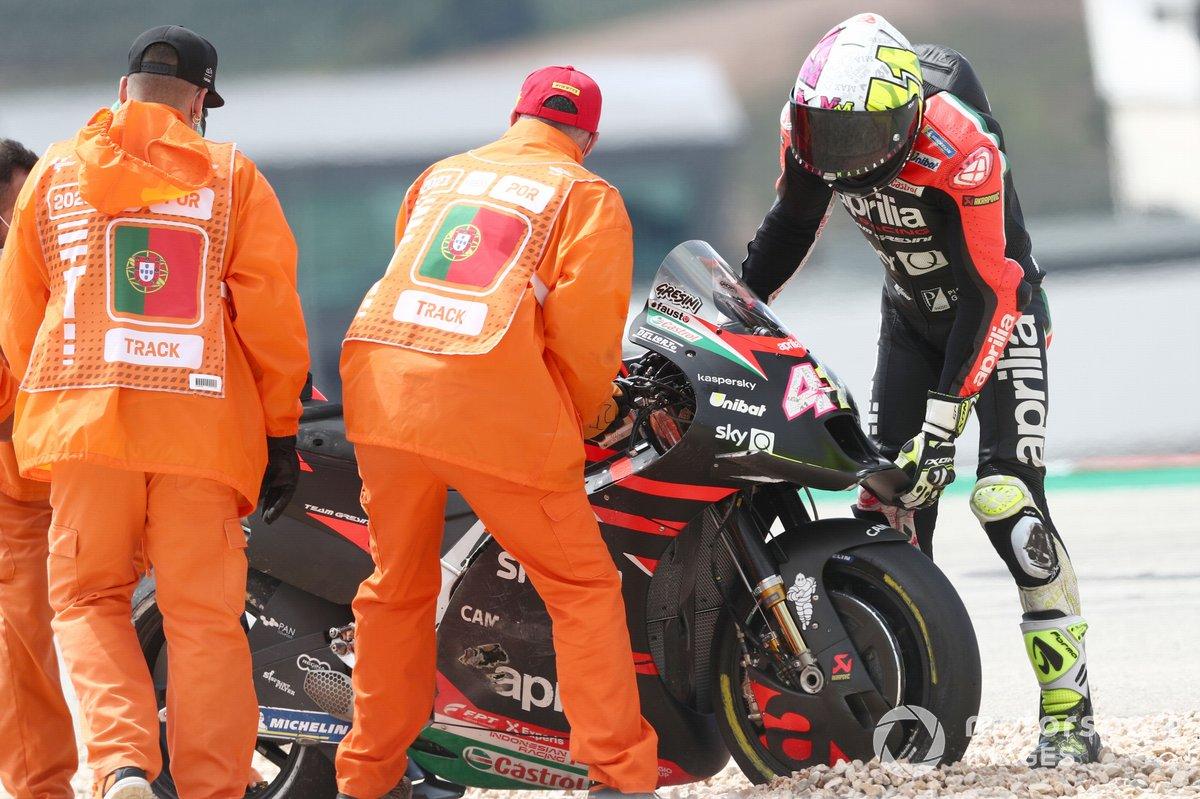 Aleix Espargaró, Aprilia Racing Team Gresini después de su caída