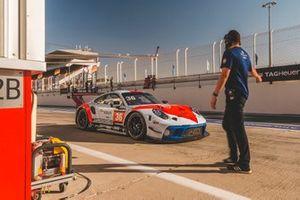 #36 GPX Racing Porsche 911 GT3 R: Axcil Jefferies, Frederic Fatien, Mathieu Jaminet, Julien Andlauer, Alain Ferté