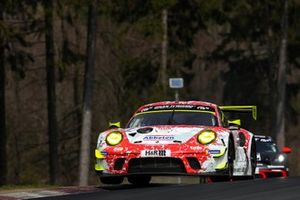 #31 Frikadelli Racing Team Porsche 911 GT3 R: Frederic Makowiecki, Dennis Olsen