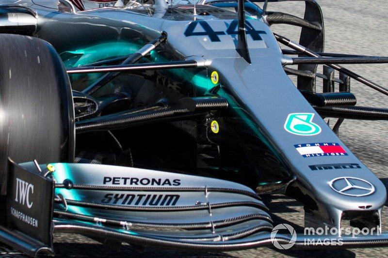 Detalle del alerón delantero de Lewis Hamilton, Mercedes AMG F1 W10