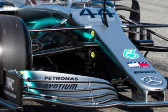Lewis Hamilton, Mercedes AMG F1 W10, front wing detail