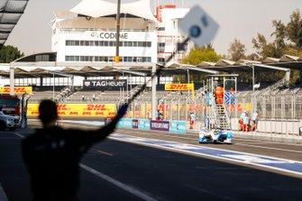 Alexander Sims BMW I Andretti Motorsports, BMW iFE.18 entra ai box