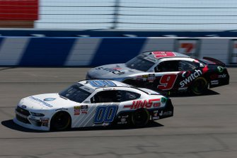 Cole Custer, Stewart-Haas Racing, Ford Mustang Thompson Pipe/Haas CNC Noah Gragson, JR Motorsports, Chevrolet Camaro Switch