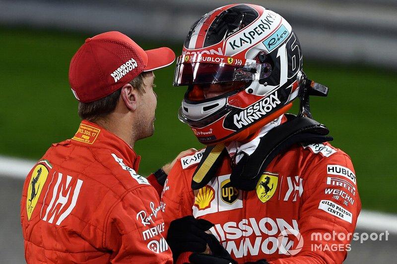 Y ya en su segundo gran premio, el de Bahrein, logró su primera pole en Fórmula 1. Es el segundo piloto más joven en conseguir una pole, solo superado por Vettel, que lo hizo en 2008 también con 21 años pero con 3 meses menos