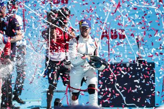 Sam Bird, Envision Virgin Racing, 1st position, sprays champagne on the podium