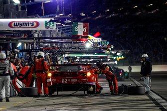 #62 Risi Competizione Ferrari 488 GTE, GTLM: Davide Rigon, Miguel Molina, Alessandro Pier Guidi, James Calado, pit stop