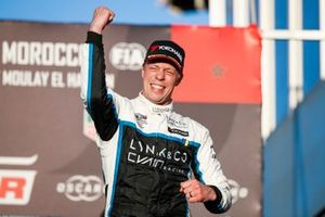 Podium: Race winner Thed Björk, Cyan Racing Lynk & Co 03 TCR