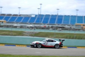 #69 MP1B Porsche GT3 Cup driven by Dan Hardee & David Tuaty of TLM USA