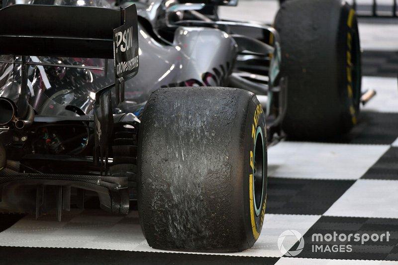 Las ruedas del coche de Valtteri Bottas, Mercedes AMG W10