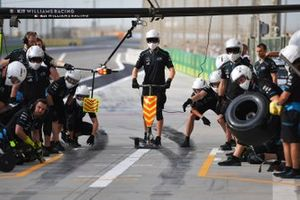 The Williams pit crew ready for action