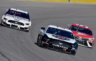 Kevin Harvick, Stewart-Haas Racing, Ford Mustang Jimmy John's and Brad Keselowski, Team Penske, Ford Mustang Discount Tire