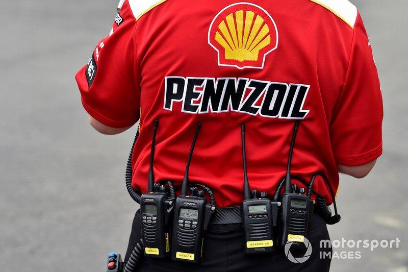 Todd Gordon, Joey Logano, Team Penske, Ford Mustang Shell Pennzoil