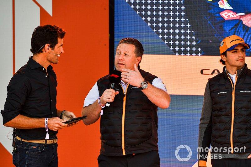 Mark Webber, Zak Brown CEO de McLaren y Carlos Sainz., McLaren