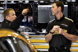 Matt Kenseth, Joe Gibbs Racing Toyota, mit Crewchief Jason Ratcliff