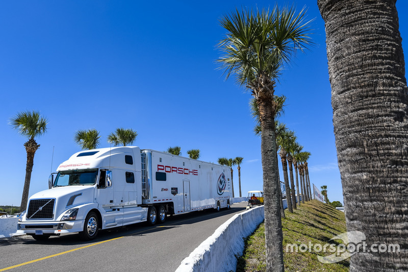 Porsche Team truck enter the Sebring paddock