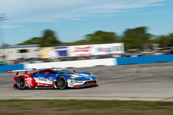 №68 Chip Ganassi Racing Ford GT: Билли Джонсон, Штефан Мюкке, Оливье Пла