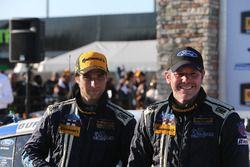 Ganador, #60 KohR Motorsports Ford Mustang: Jade Buford, Scott Maxwell