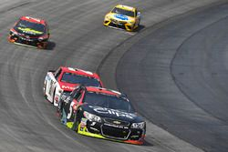 Kasey Kahne, Hendrick Motorsports Chevrolet, Ryan Blaney, Wood Brothers Racing Ford