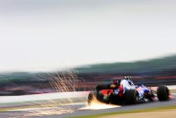 Carlos Sainz Jr, Scuderia Scuderia Toro Rosso STR12 sparks