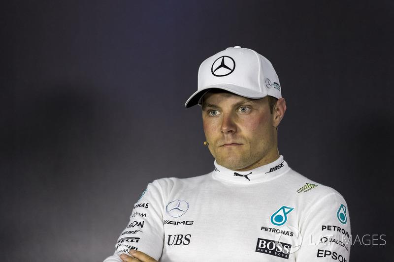 Valtteri Bottas, Mercedes AMG F1 lors de la conférence de presse