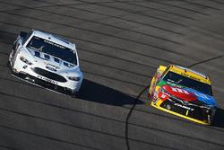 Brad Keselowski, Team Penske Ford, Kyle Busch, Joe Gibbs Racing Toyota