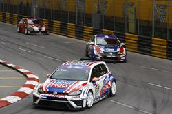 Andy Yan Cheuk Wai, Liqui Moly Team Engstler, Volkswagen Golf GTI TCR; Tin Sritrai, Team Thailand Ho