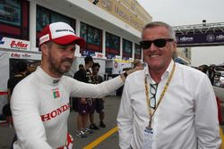 Tiago Monteiro, WestCoast Racing Honda Civic TCR, Marcello Lotti, CEO WSC