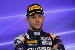Il terzo classificato Luca Ghiotto, RUSSIAN TIME