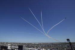 USAF Thunderbirds flyover