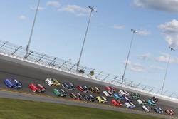 Elliott Sadler, JR Motorsports Chevrolet Brandon Jones, Richard Childress Racing Chevrolet