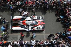#7 Toyota Gazoo Racing Toyota TS050 Hybrid: Майк Ковей, Камуі Кобаясі, Стефан Сарразан