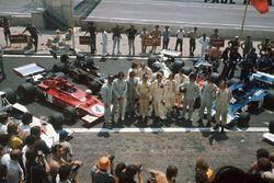 Graham Hill, George Follmer, Wilson Fittipaldi, Emerson Fittipaldi, Carlos Reutemann, Denny Hulme, J