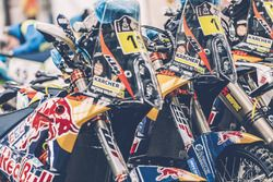 Red Bull KTM Factory Racing ready for the long journey to Buenos Aires