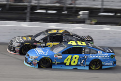 Jimmie Johnson, Hendrick Motorsports Chevrolet, Chris Buescher, JTG Daugherty Racing Chevrolet