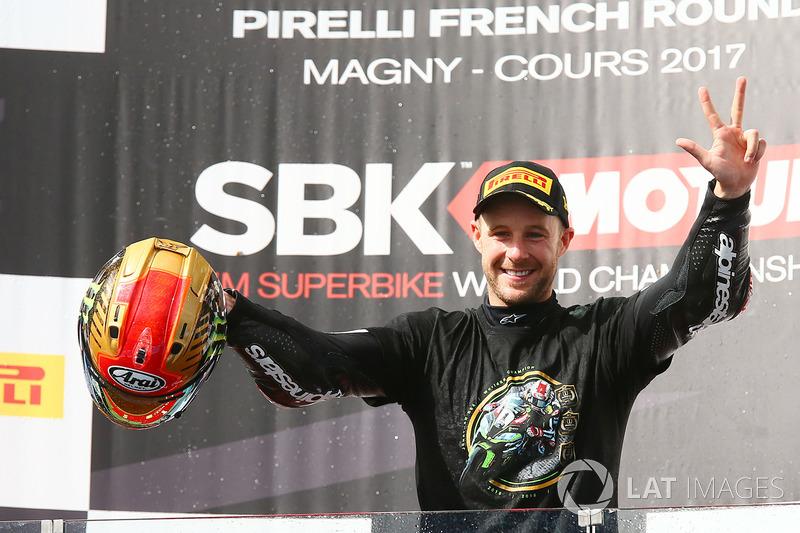 Ganador de la carrera y campeón de 2017, Jonathan Rea, Kawasaki Racing