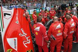 Ferrari essaie de résoudre un problème sur la voiture de Kimi Raikkonen, Ferrari SF70H