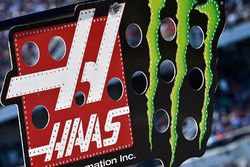 Kurt Busch, Stewart-Haas Racing Ford, pit board