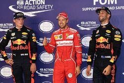 Pole sitter Sebastian Vettel, Ferrari, second place Max Verstappen, Red Bull Racing, third place Dan