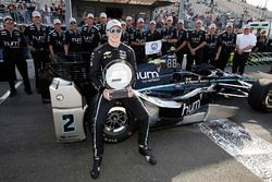 Pole para Josef Newgarden, Team Penske Chevrolet