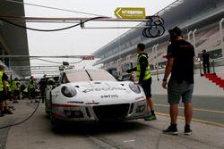 №911 Herberth Motorsport Porsche 991 GT3 R: Даниэль Аллеман, Ральф Бон, Роберт Ренауэр, Альфред Рена