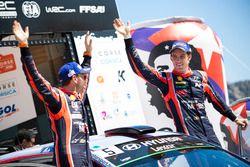 Le vainqueur Thierry Neuville, Nicolas Gilsoul, Hyundai i20 Coupe WRC, Hyundai Motorsport