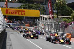 Max Verstappen, Red Bull Racing RB13 al inicio