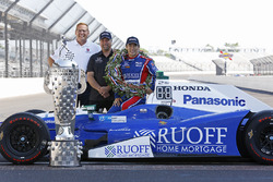 Le vainqueur Takuma Sato, Andretti Autosport Honda
