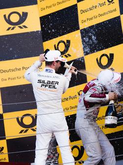 Podyum: Maro Engel, Mercedes-AMG Team HWA, Mercedes-AMG C63 DTM ve Mattias Ekström, Audi Sport Team