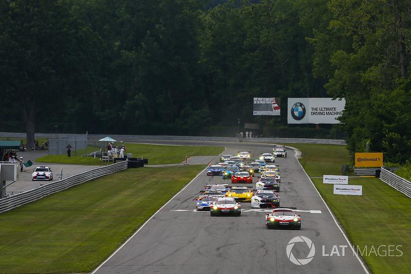 Arrancada: #912 Porsche Team North America Porsche 911 RSR: Gianmaria Bruni, Laurens Vanthoor líder