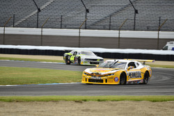 #5 TA2 Chevrolet Camaro, Lawrence Loshak, Loshak Stark Racing, #44 TA2 Dodge Challenger, Adam Andretti, ECC Motorsports