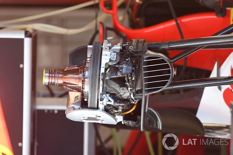 Ferrari SF70H front wheel hub detail