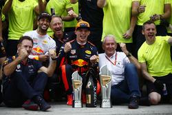 Max Verstappen, Red Bull Racing, race winner, Third place Daniel Ricciardo, Red Bull Racing, Christi