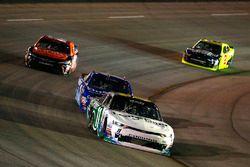 Blake Koch, Kaulig Racing Chevrolet e Elliott Sadler, JR Motorsports Chevrolet